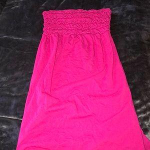 STRAPLESS FUCHSIA DRESS